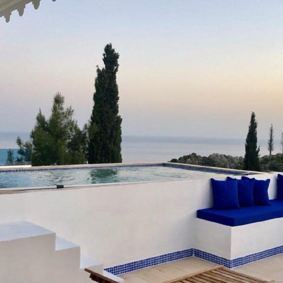Kaputas Apartment pool terrace