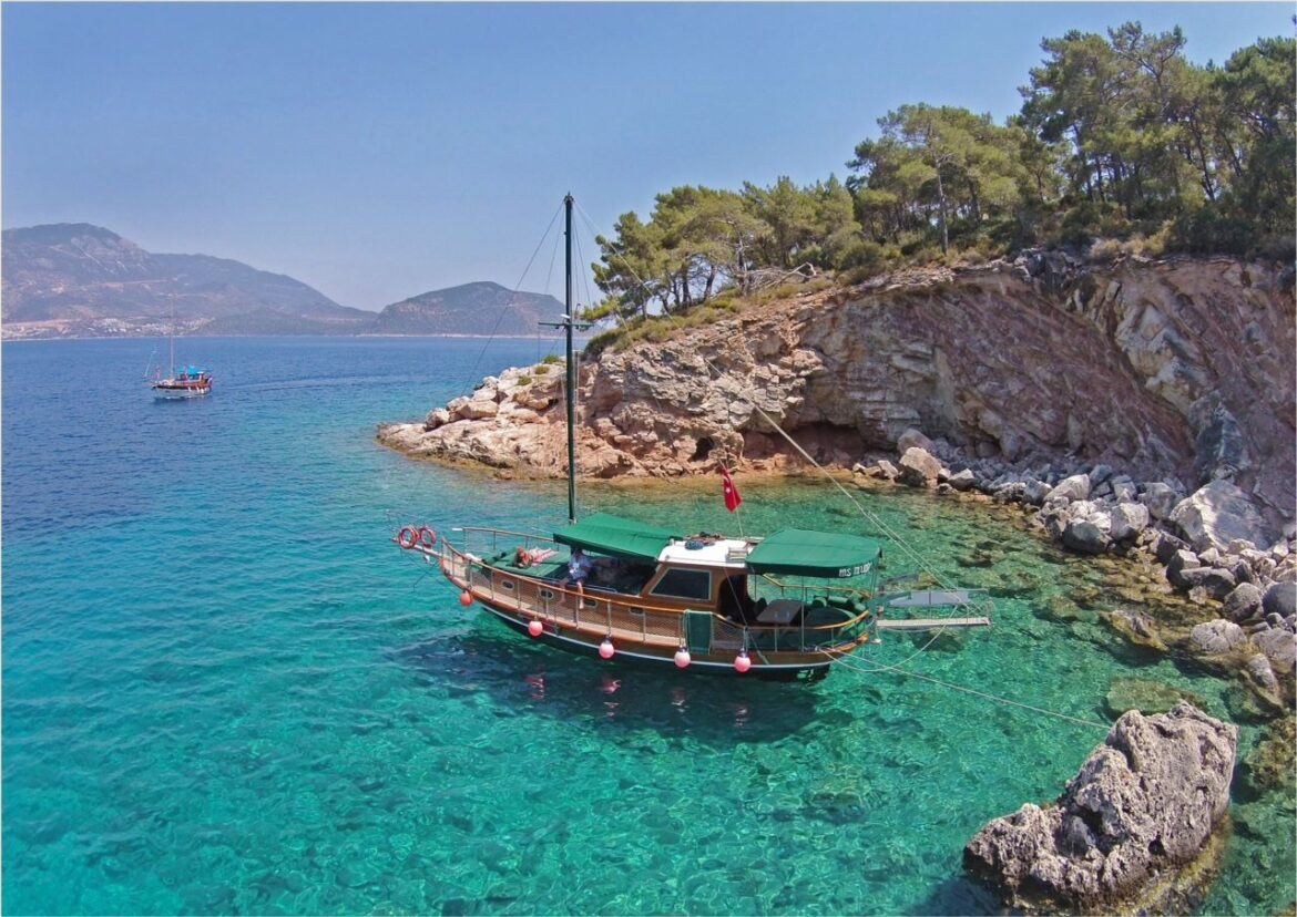 Gullet Cruise- Spend a luxurious day in Kalkan